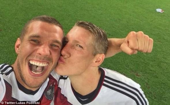 Podolski e Schweinsesteiger, da Seleção Alemã de Futebol